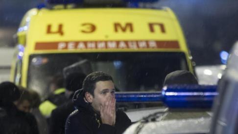 Ilya Yashin at the scene.