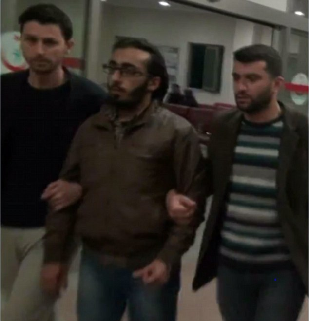 Alleged Canadian Intelligence Agent and IS facilitator under arrest in Turkey.
