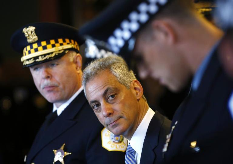 "The Mayor with some of Chicago's ""finest"""