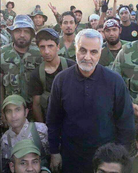 Qassem Soleimani reportedly photographed with Iraqi Shia militia members in Aleppo, mid October 2015.