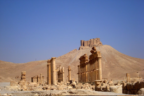 Palmyra ruins with the Citadel in the background.