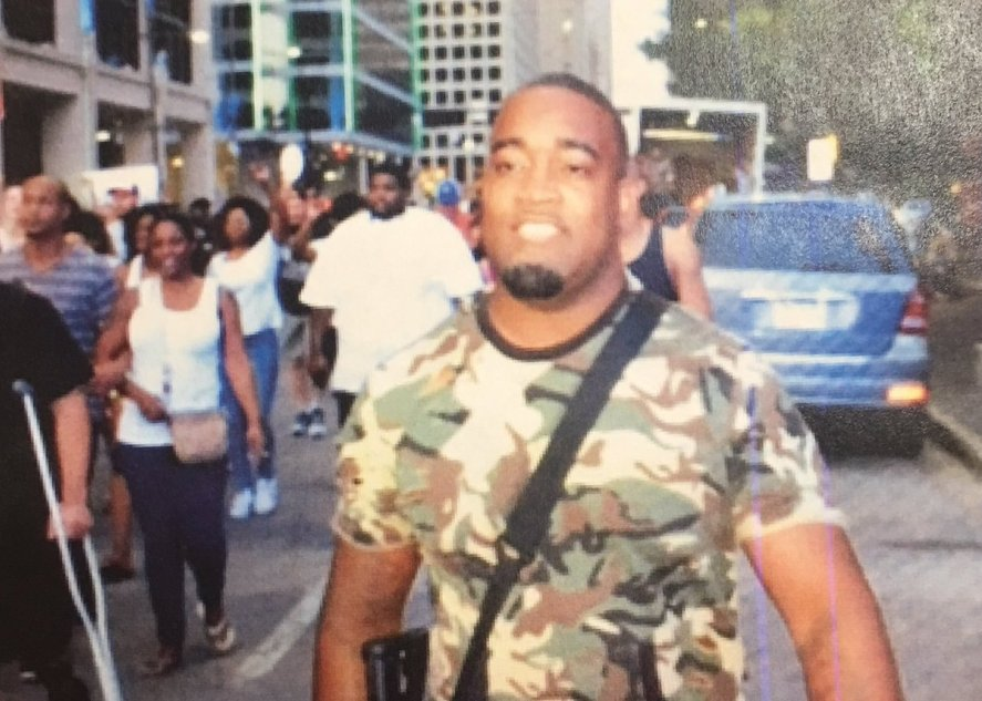 The photo that the Dallas police department tweeted before they even reported the event had taken place.